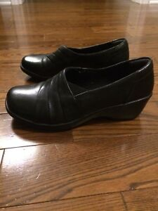 Women's Black Shoes