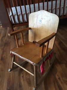 Vintage child's rocker 15 obo  London Ontario image 1