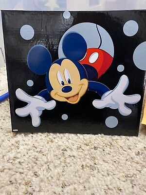 NEW Disney - 3D Mickey Mouse & Friends