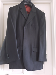 Man to Man suit size 36 Yanchep Wanneroo Area Preview