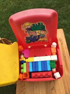 Kids lego set chair