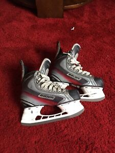 Bauer Vapor X7.0 Hockey Skates