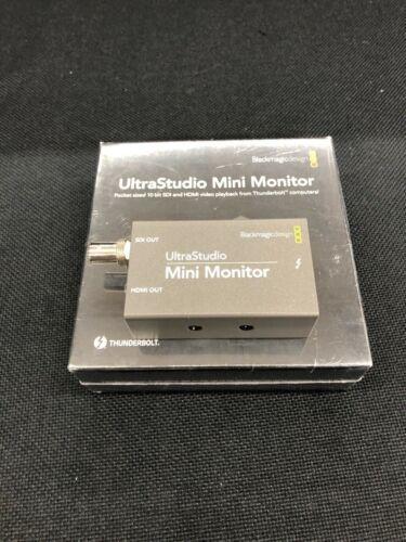 Blackmagic Design mini Monitor