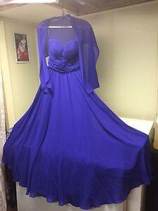 Robe longue avec châle bleu royale