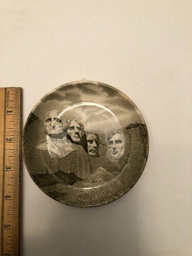 Mount Rushmore miniature Collector Plate South Dakota Johnson Bros England