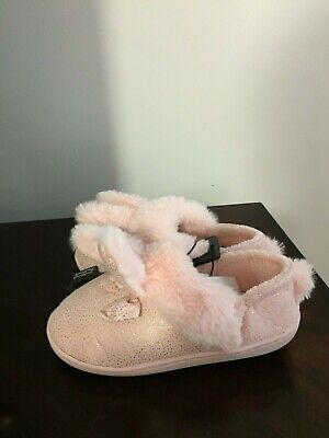 Girls Bunny Slippers (BRAND NEW TODDLER GIRLS SIZE 11-12 WONDER NATION BUNNY EARS)