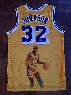 c4535eccedc Los Angeles lakers Magic johnson signed jersey PSA/DNA AUTHENTICATED  Autographed