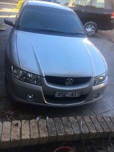 Holden vz 2004 acclaim/sv6 sedan Frankston South Frankston Area Preview