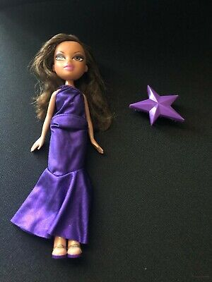 Bratz MGA Yasmin Fashion Show Evening Wear with Original Outfit, 2008