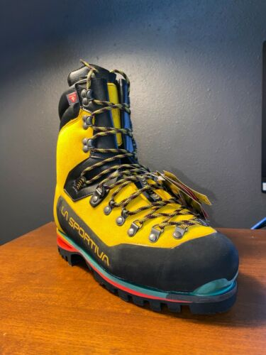 La Sportiva Mens Nepal Extreme Mountaineering Boots