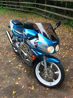 Honda CBRR250