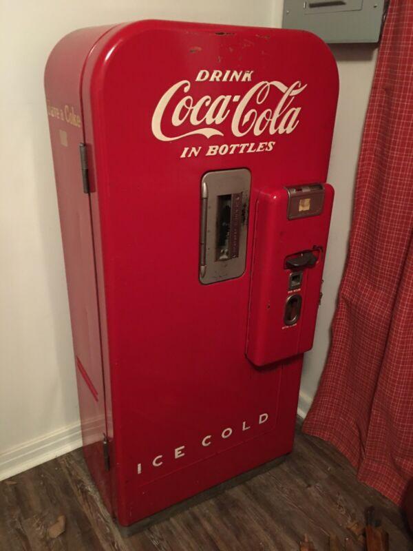 Vendo 39 Coca Cola Coke 8 Oz Bottle Vending Mahine Original Paint SIGN