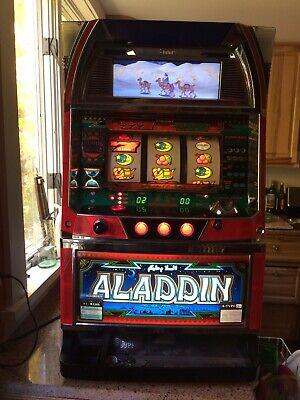 Aladdin Slot Machine 3 Reel Video Sammy Japanese w/ Tokens, Key Works