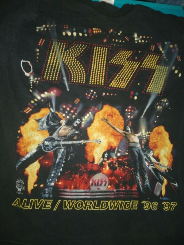 VINTAGE KISS Alive 1996 1997 World Tour T shirt Hottest Band in world sz XL