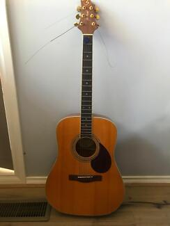 Greg Bennett Acoustic Guitar