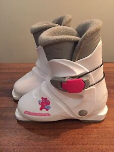 Children's downhill ski boots