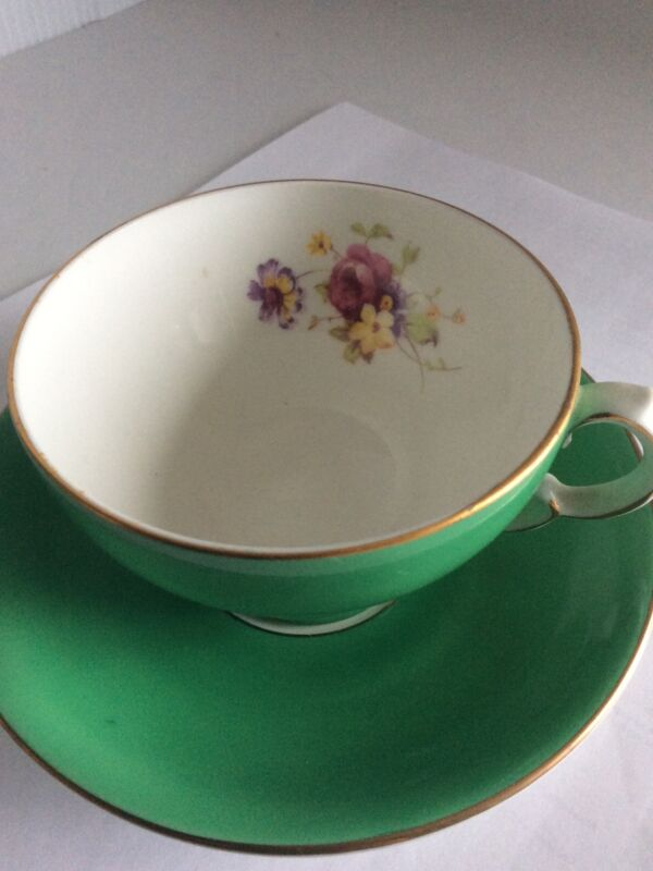 ADDERLEY BONE CHINA TEA CUP MADE IN ENGLAND