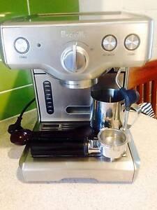 The Breville 800ES Professional Espresso Machine Bradbury Campbelltown Area Preview