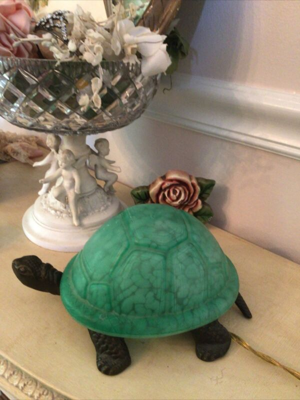 CAST IRON AND GREEN GLASS TURTLE NIGHT LIGHT TABLE LAMP WITH ON OFF SWITCH