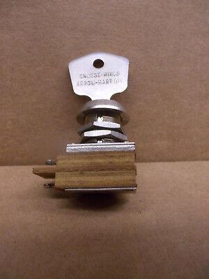 Arrow-hart1561-l Key Switch Spst On-off 3a 250vac Ul Crouse-hinds