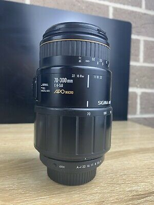 Sigma APO 70-300mm 1:4-5.6 Auto Focus Macro Zoom Lens For Pentax KAF Auto Mount