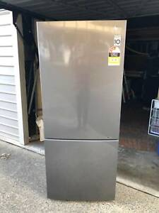 Large LG Fridge - in excellent condition
