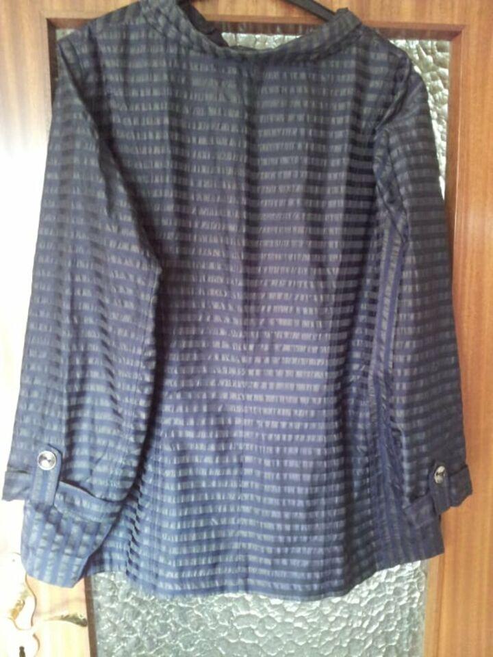 leichte  elegante - Damen - Jacke --  Firma Wille  Gr. 52  ! in Molfsee