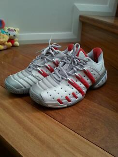 NEAR NEW Adidas Adipower barricade Shoes Size Mens US 8