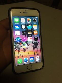 iPhone 6 gold 128g immaculate Macquarie Fields Campbelltown Area Preview