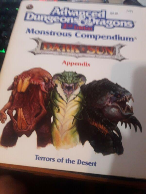 "Adv.D&D  ""Monstrous Compendium"" Dark Sun 2405 Mint"