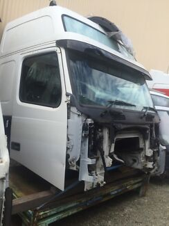 2008 Volvo FH 12-16 cabin - now wrecking