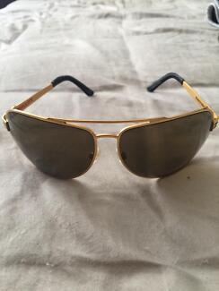 b8e5da54782d8 Vintage Ferrari Mens Folding Aviator Sunglasses Glasses w  case ...