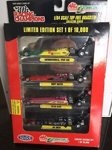 Racing Champions Top Fuel Dragster Collector Set 1/64