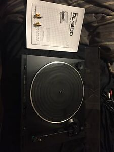 Pioneer Pl-600 Turntable/Record Player