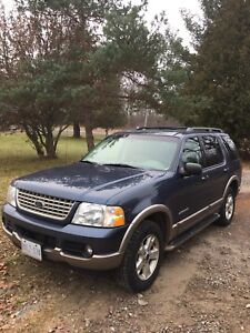 2004 Ford Explorer 4x4 Eddie Bauer Edition