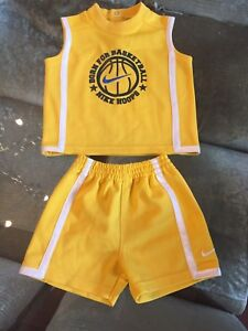 *** NEW - NIKE 9 Month 2 piece Outfit ***