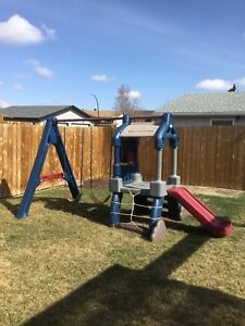 Clubhouse swing set with baby seat