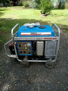 Yamaha EF4000E Generator