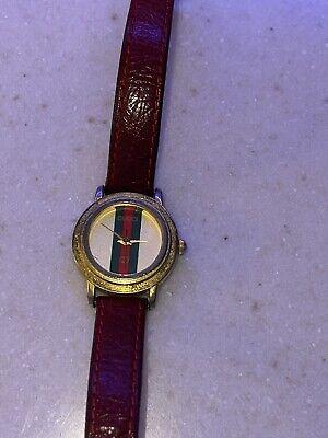 Vintage Gucci ladies watch. Needs Batteries
