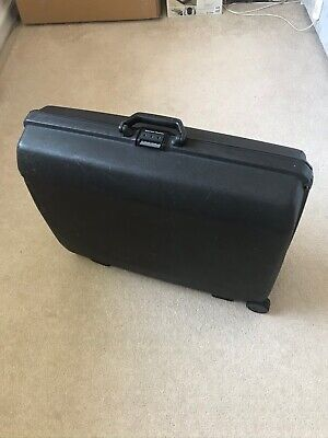 Large Samsonite Combination Lock, Hard Shell Pull Along black Suitcase 2 Wheels