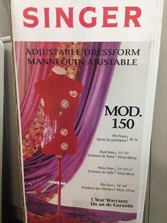 Singer Mod150 Adjustable DressForm - Original Packaging. Northbridge Willoughby Area Preview