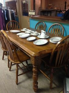 Solid Wood Table/6 Chairs