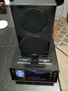 JVC CD PLAYER STEREO AND SPEAKER