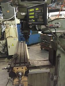 Turret Milling Machine with working DRO (digital readout) Willetton Canning Area Preview
