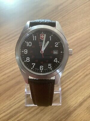 Mens Victorinox Swiss Army Watch With Leather Band