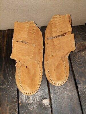 Girls Minnetonka Moccasins Booties tan brown 13 -