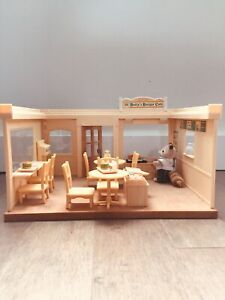 CALICO CRITTERS - Betty's burger cafe