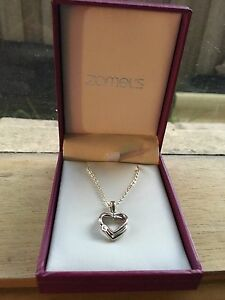Zamel's necklace and ring Cranbourne North Casey Area Preview