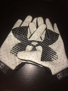 Football gloves size Small