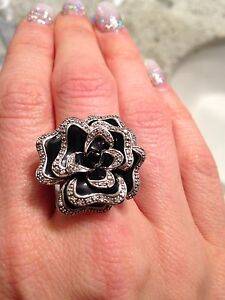 Flower Diamond Ring for Sale